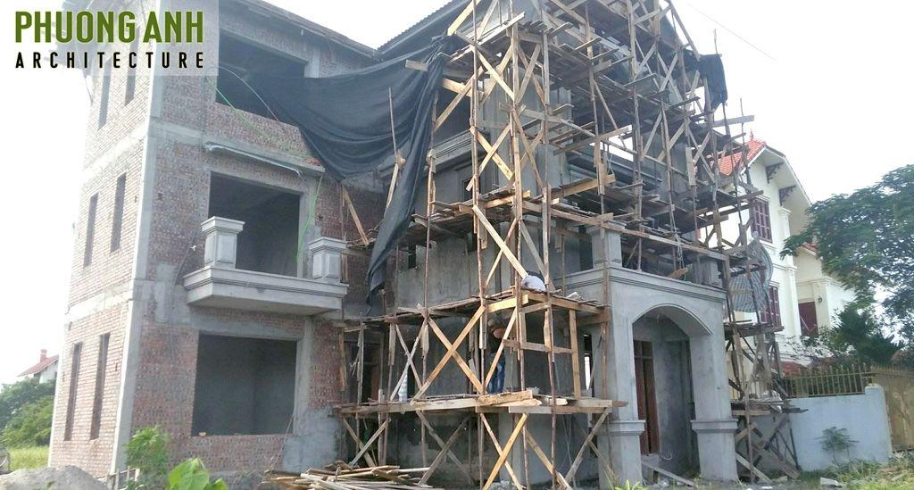 Hoàn thiện mặt tiền biệt thự tân cổ điển 3 tầng